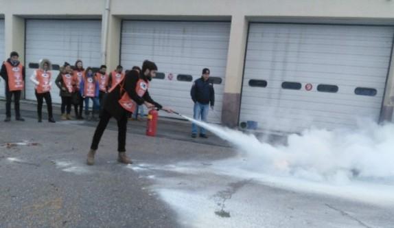 TEMA gönüllüleri yangın eğitimi aldı