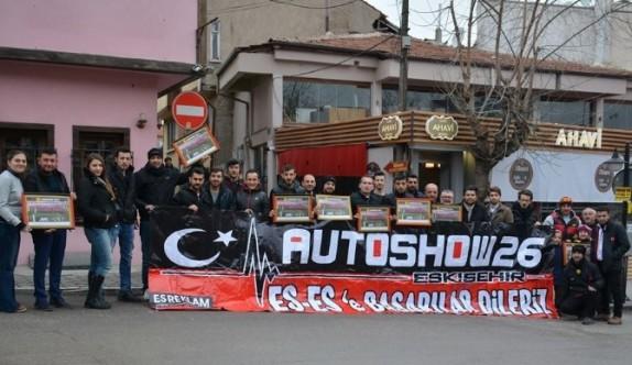 Otomobil tutkunlarından Eskişehirspor'a destek