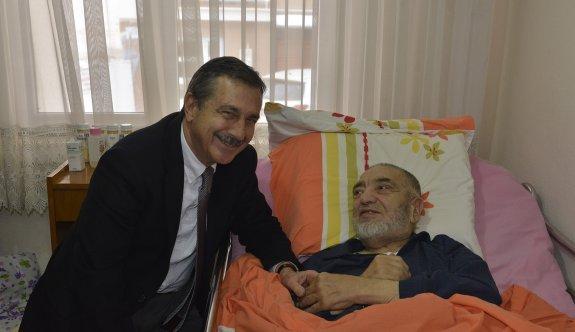 Başkan Ataç yaşlı ziyaretlerini sürdürüyor