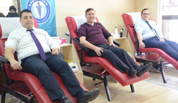 Sağlık-Sen'den kan bağışına destek