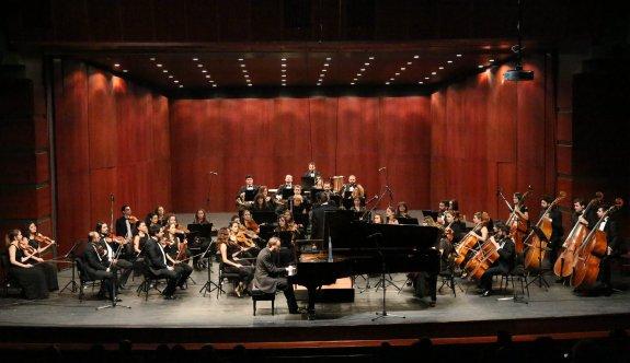Senfoni Orkestrasından müzik ziyafeti
