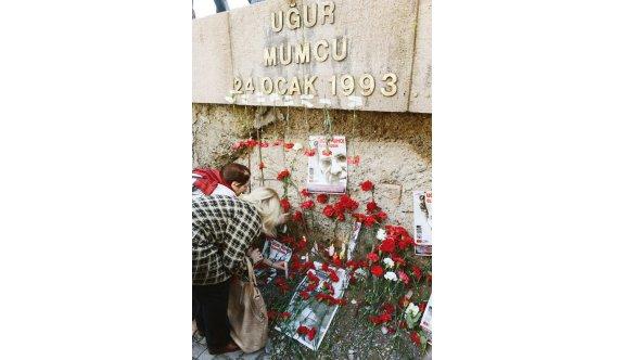 Uğur Mumcu anıtının harflerini çaldılar