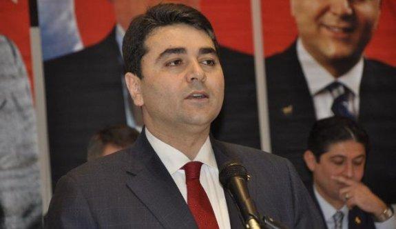 DP'de Uysal tekrar genel başkan seçildi