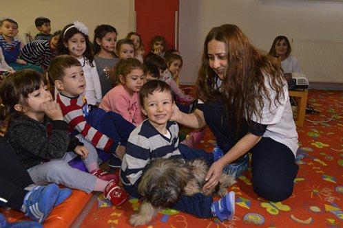 Tepebaşı'nda çocuklara hayvan sevgisi aşılanıyor