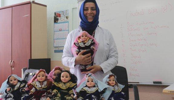 İnönü'nün yöresel kıyafetlerini bu bebekler taşıyacak