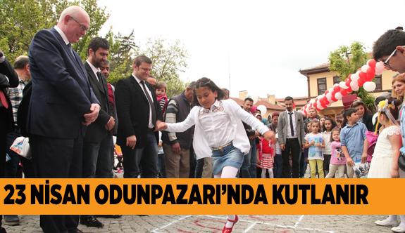 ŞENLİK HAVASINDA KUTLAMA