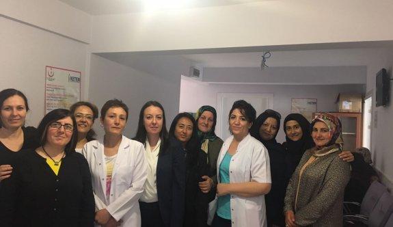 Ak Parti'li kadınlar farkındalığı arttırmak için kanser taraması yaptırdı