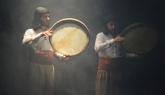 Halk Dansları Topluluğu 'iklim' temasıyla sahnelendi