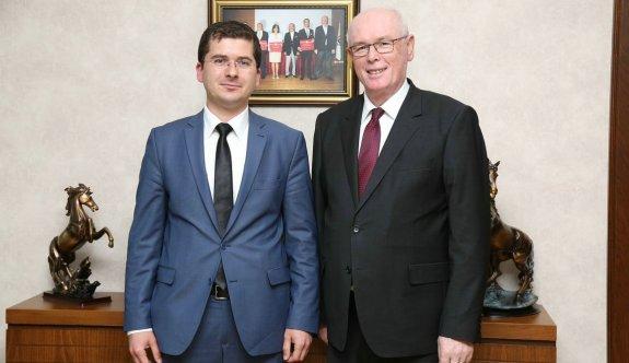 Alpu Kaymakamı Ömer Özbay, Başkan Kurt'u ziyaret etti