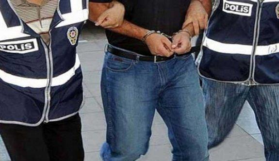Cinayet şüphelisi sahte kimlikle bankada hesap açtırırken yakalandı