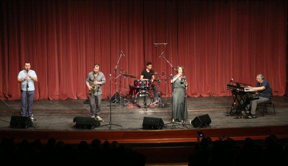 Kolektif İstanbul Eskişehir'i salladı
