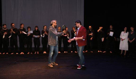 Şehir Tiyatroları Gençlik Sahnesi'nde sertifika töreni