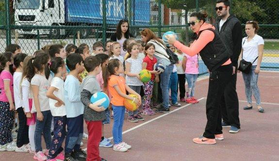 Spor Kampüsü'nde çocuklara branşlar tanıtıldı
