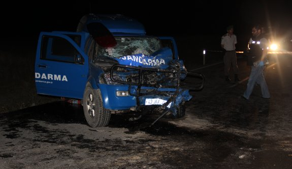 Jandarma aracı kaza yaptı, 1 şehit 7 yaralı