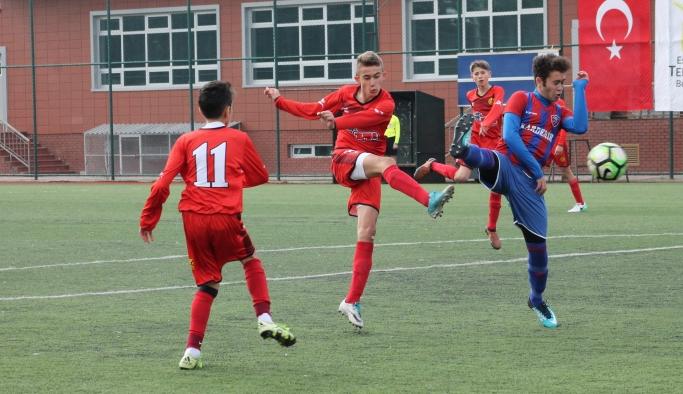 U14 - U15 Akademi Ligi'nde Eskişehirspor Kardemir Karabük'ü ağırladı