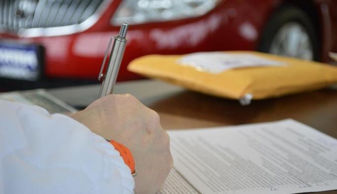 Araç sicil ve tescil işlemleri noterlere devredildi
