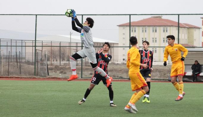 Akademi Ligi'nde 1 galibiyet, 2 malubiyet