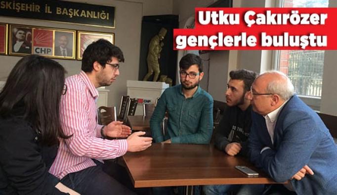 """Çakırözer: """"Cumhuriyet ve özgürlükler mücadelemizi kadın ve gençlerimizle kazanacağız"""""""
