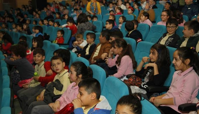 Odunpazarı'nda çocuklara 3 boyutlu film keyfi