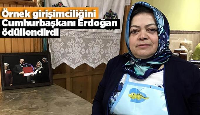 Örnek girişimciliğini Cumhurbaşkanı Erdoğan ödüllendirdi