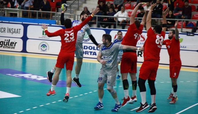 Selkaspor yarı final yolunda avantaj yakaladı