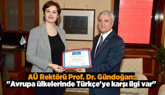 """""""Avrupa ülkelerinde Türkçe'ye karşı ilgi var"""""""