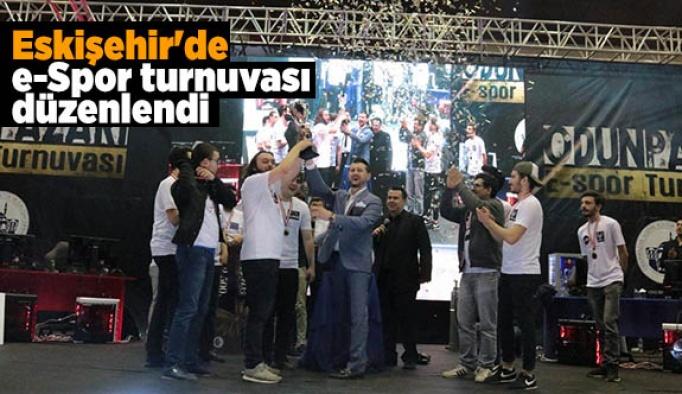 Eskişehir'de e-Spor turnuvası düzenlendi