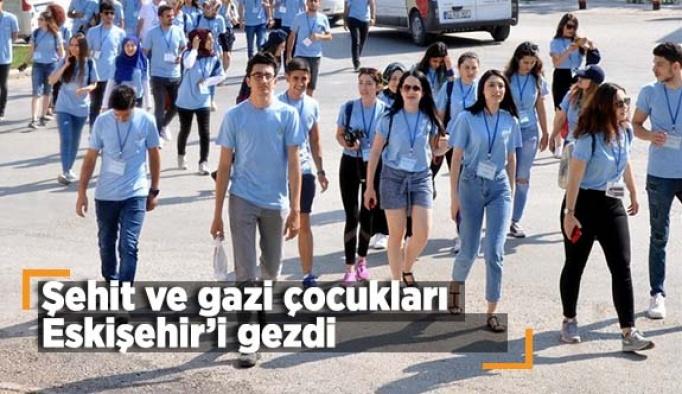 Şehit ve gazi çocukları Eskişehir'i gezdi
