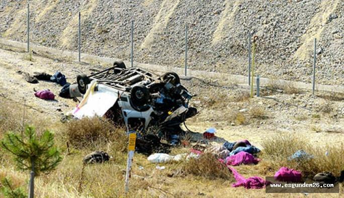 Eskişehir'de trafik kazası:Bir kişi hayatını kaybetti, 1 kişi yaralandı.