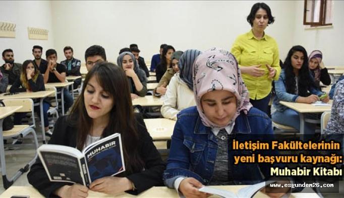 İletişim Fakültesi öğrencileri için 'Muhabir' kitabı çıkarıldı