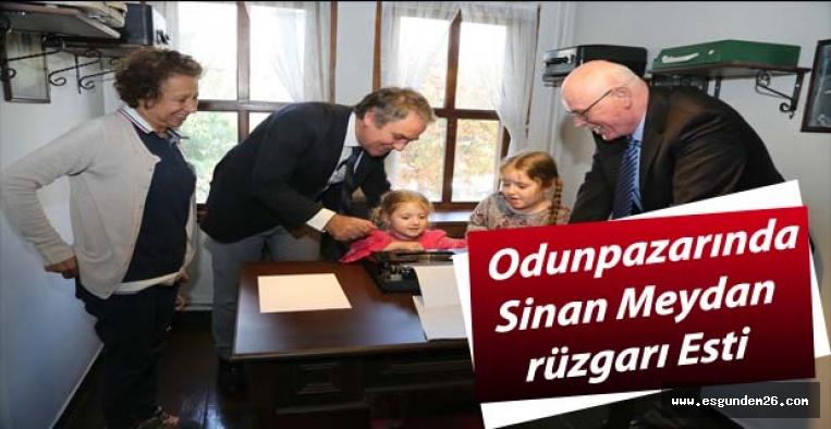 """Meydan:  """"Kazım Kurt Eskişehir kültür ve tarihi için harika işler başarmış"""""""