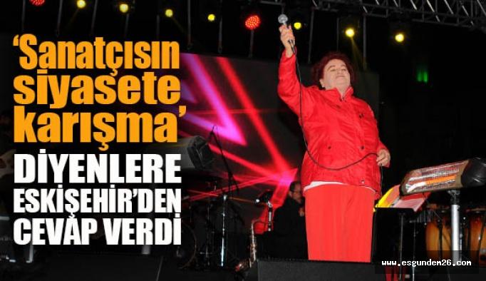 Eskişehir Selda Bağcan'ın şarkılarıyla ısındı