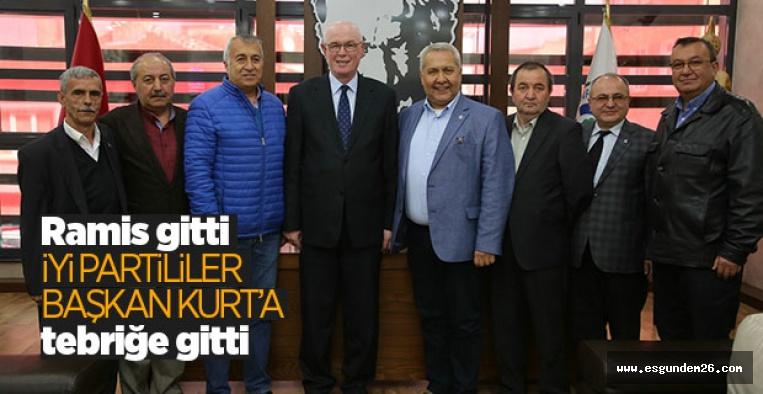 İYİ PARTİ'DEN BAŞKAN KURT'A TEBRİK ZİYARETİ