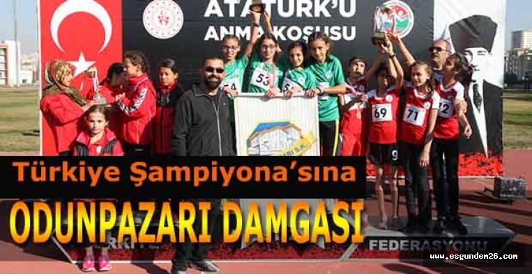 Şampiyon: Odunpazarı Belediyesi Atletizm Takımı