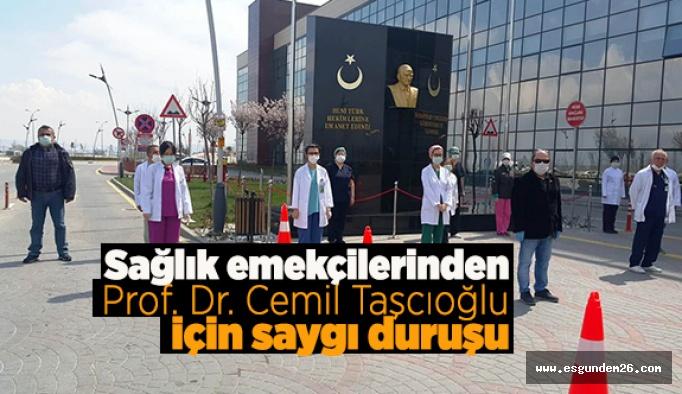 Prof. Dr. Cemil Taşçıoğlu için saygı duruşu