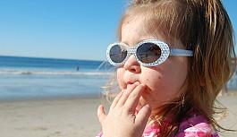 Güneş gözlüğü seçerken aman dikkat!