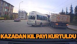 Kazadan kıl payı kurtulma anı araç kamerasına yansıdı