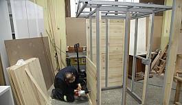 Kendi mobilyasını üreten Odunpazarı