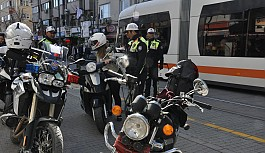 Tramvay yolunda motorlu araçlara ceza