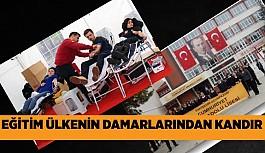 Alkışlar Cumhuriyet Anadolu Lisesine