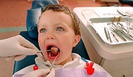 Çocuğunuzu diş doktoruna düzenli götürün