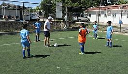 Futbol Yaz Okullarında çalışmalar devam...