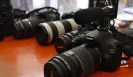 Profesyonel fotoğraf makinelerine en büyük...