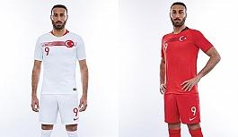 A Milli Futbol Takımı'na yeni forma