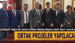 Eskişehir Sağlık Sen Şubesi Çifteler Belediye Başkanı Kadir Bıyık'ı ziyaret etti