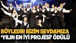 ESKİŞEHİR ŞEHİR TİYATROSU İSTANBUL'DAN ÖDÜLLE DÖNDÜ