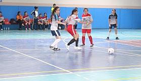 Futsal Yıldız Kızlar mücadelesi devam ediyor