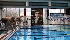 Ulusal Master'lar yüzme yarışı heyecanı