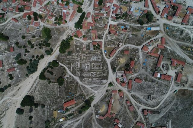 """""""Antik kente sıfır"""" mahallede tarihle iç içe yaşam"""