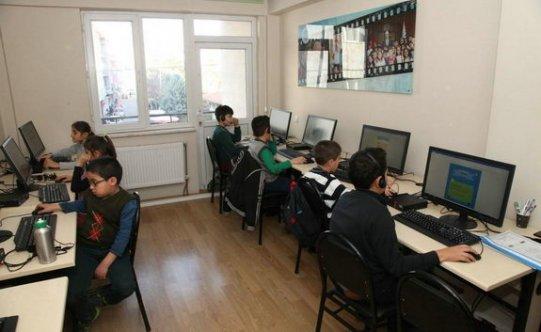 Miniklere bilgisayar kursu
